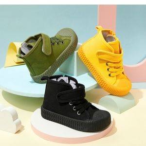 Toddler canvas shoes
